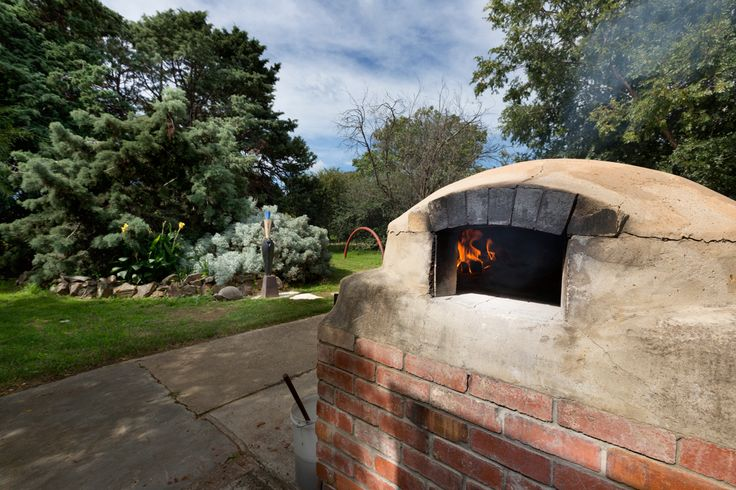 The wood fired pizza oven at the Strathnairn Cafe