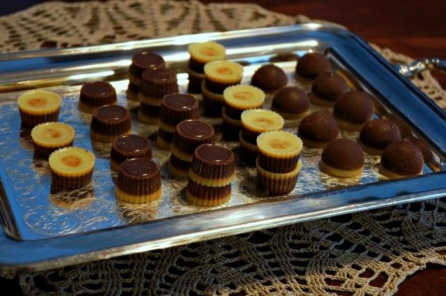 Homemade chocolates. A lot of work to make it, but maybe thats good, so i eat less sweets. But here is how to