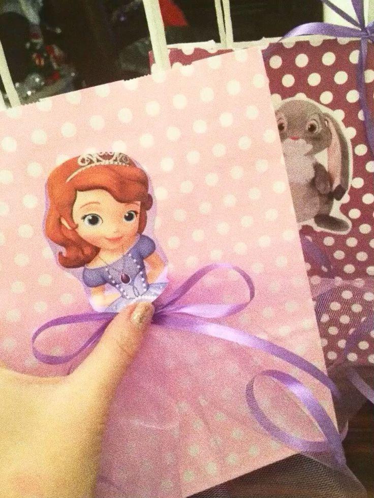 #пакеты для подарков #handmade #др #doğumgünü #PrensesSofia #disney #kidsdecor #kidsparty #partyideas #partydesign #celebrate #decoration #birthday #birthdayparty #etek #skirt #PrensesSofia #PrensesSofiaparty #hediye #instagood
