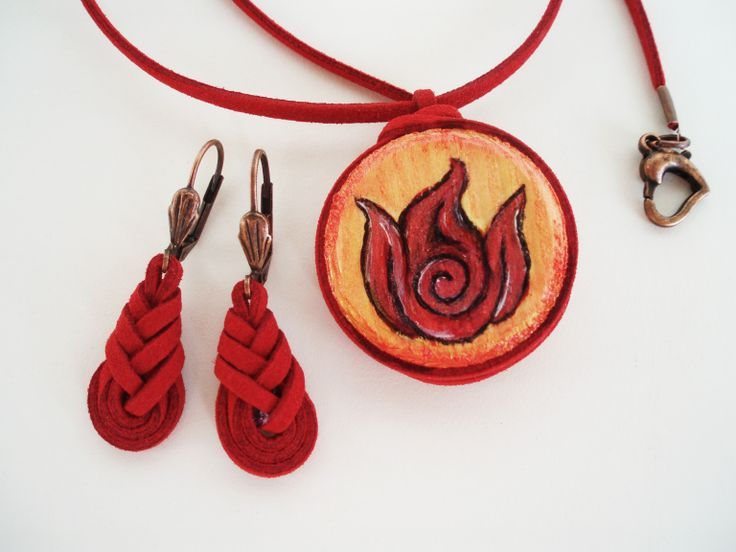 https://www.etsy.com/listing/190684240/leather-necklace-with-painted-wood?ref=shop_home_active_13