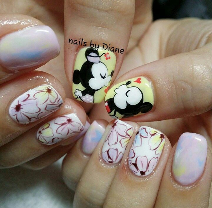 65 best Disney/character nail designs images on Pinterest ...