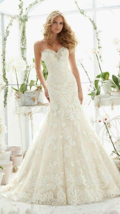 Mori Lee 2817 Size 14 $1,298 - Debra's Bridal Shop at The Avenues 9365 Philips Highway Jacksonville, FL 32256 (904) 519-9900