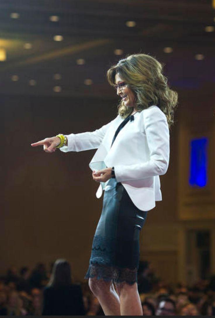 sarah palin black pants
