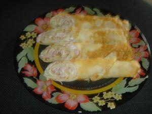 Фото к рецепту: Блинчики сырные да с припеком