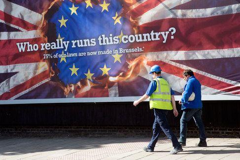 Nedá se jen tak vystoupit z EU. 5 kroků, které musí učinit Velká Británie