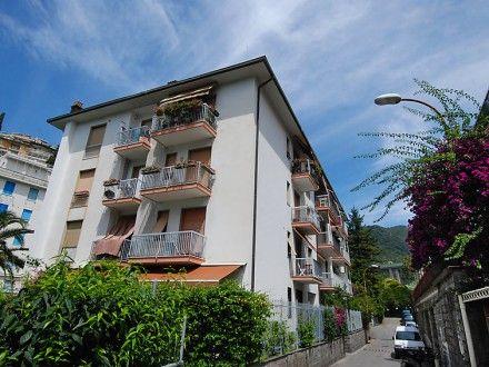 FRÜHBUCHER erhalten einen Rabatt!  Ferienwohnung Park Apartment für 4 Personen  Details zur #Unterkunft unter https://www.fewoanzeigen24.com/italien/liguria/16035-rapallo/ferienwohnung-mieten/42227:41898881:0:mr2.html  #Holiday #Fewoportal #Urlaub #Reisen #Rapallo #Ferienwohnung #Italien #Frühbucher #Frühbucherrabatt