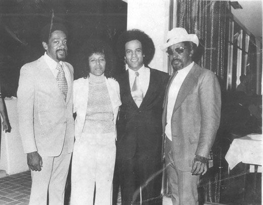 huey p newton and civil rights movement Black panther party leaders huey p newton, eldridge cleaver,  in the early 1960s, the insurgent civil rights movement had dismantled the jim crow system of racial caste subordination using the tactics of non-violent civil disobedience, and demanding full citizenship rights for black people.