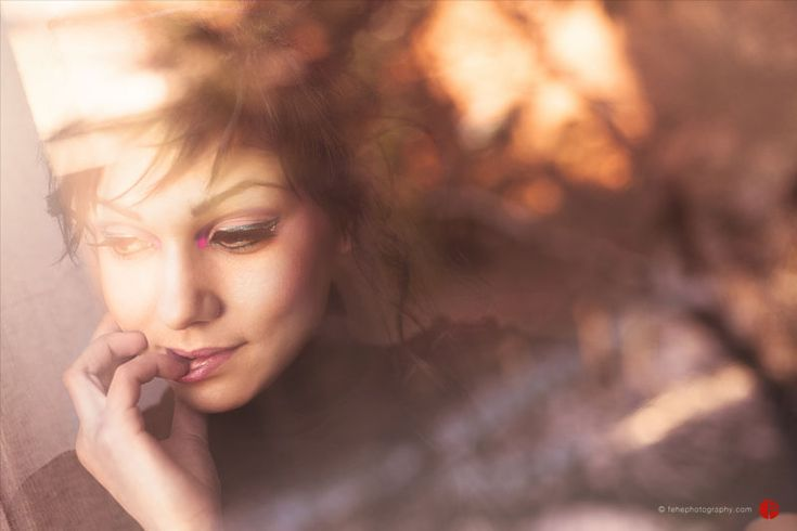 Environmental portrait session by Fehephotography.