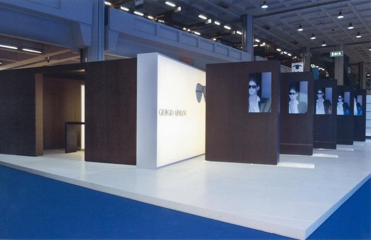 Giorgio Armani stand, 2002 | project Domenico Raimondi + Arch. Luisella Italia | www.facebook.com/thesignlab