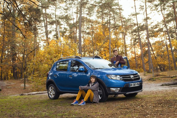Foto Exteriores (7) Dacia Sandero stepway Dos Volumenes 2012