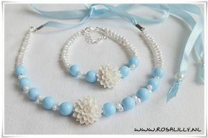 Studio Rosa & Lilly Bruidssieraden: #Bruidsmeisjes setje Witte Bloem (2-delig: ketting en armband)