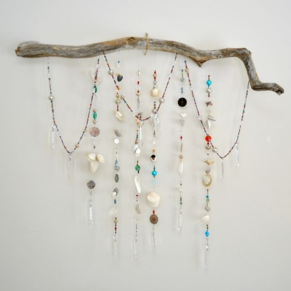 Dorm for jewelry?: Wall Art, Bedrooms Sparkle, Idea, Driftwood Prisms1, Wall Hanging, Trees Branches, Jewelry Holders, Bedrooms Decor, Beaches Bedrooms