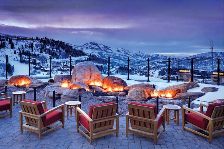 Winter entertaining just reached a whole new level with a patio and fire pit like this. Oh, the views aren't bad either. #patio #views #DeerValley #ParkCity #Utah #winter #snow #fire #cozy