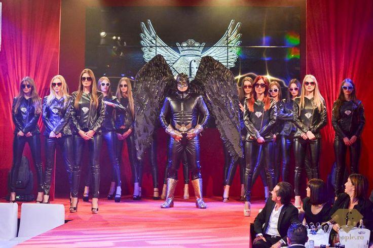 Fashion TV Romania |  Descoperă imagini exclusive de la FalconMan Party -->> http://tinyurl.com/nb2klen | fpeople.ro