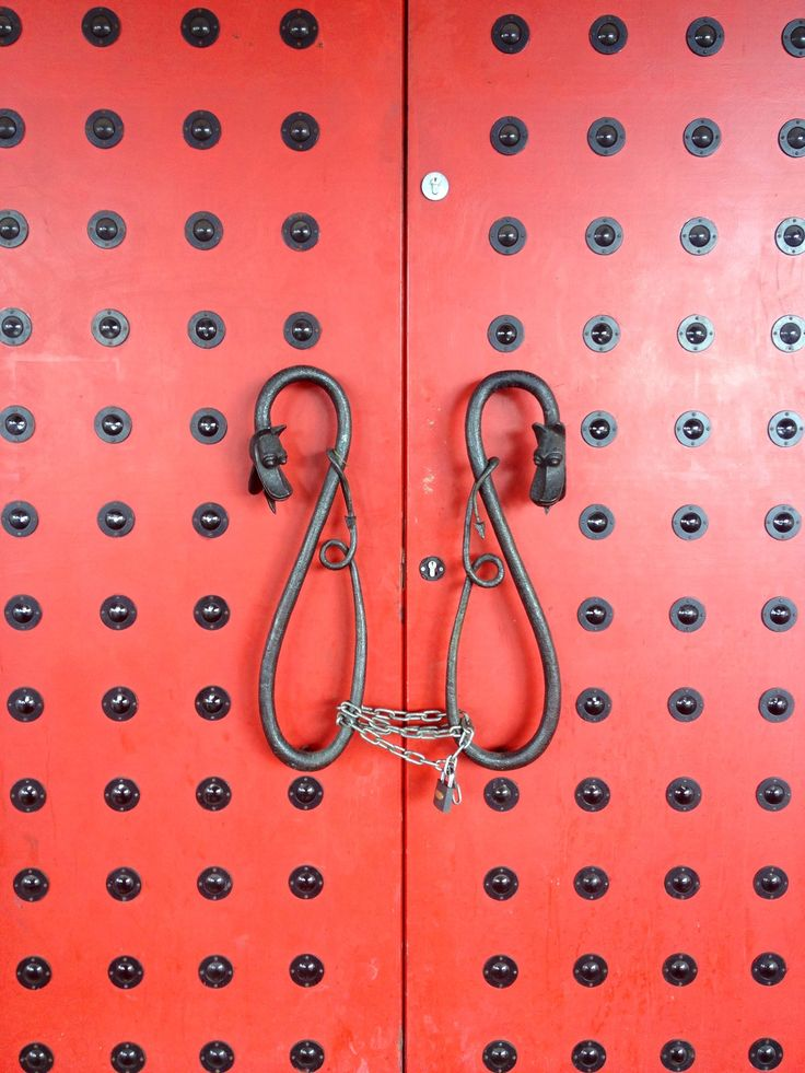 Asian inspired #doors with a little bit of #chain #kink.