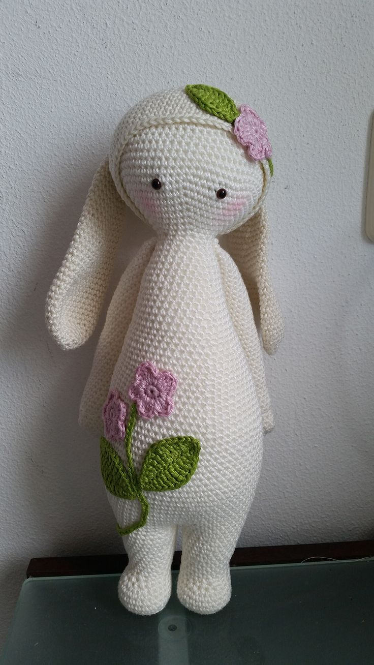 RITA the rabbit made by Yt H. / crochet pattern by lalylala