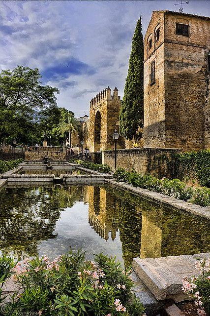 La Puerta de Almodóvar, del sigo XIV, era el acceso oeste a la antigua ciudad amurallada. Córdoba (España).