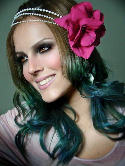 Headband de fio de pérolas com flor DE cetim | Headband hairstyles, Hair pieces, Hair accessories