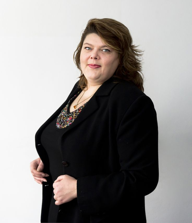 Adriana Tugui is a managing partner of Darie & Manea Law Firm and she has been practicing law for more than 14 years.