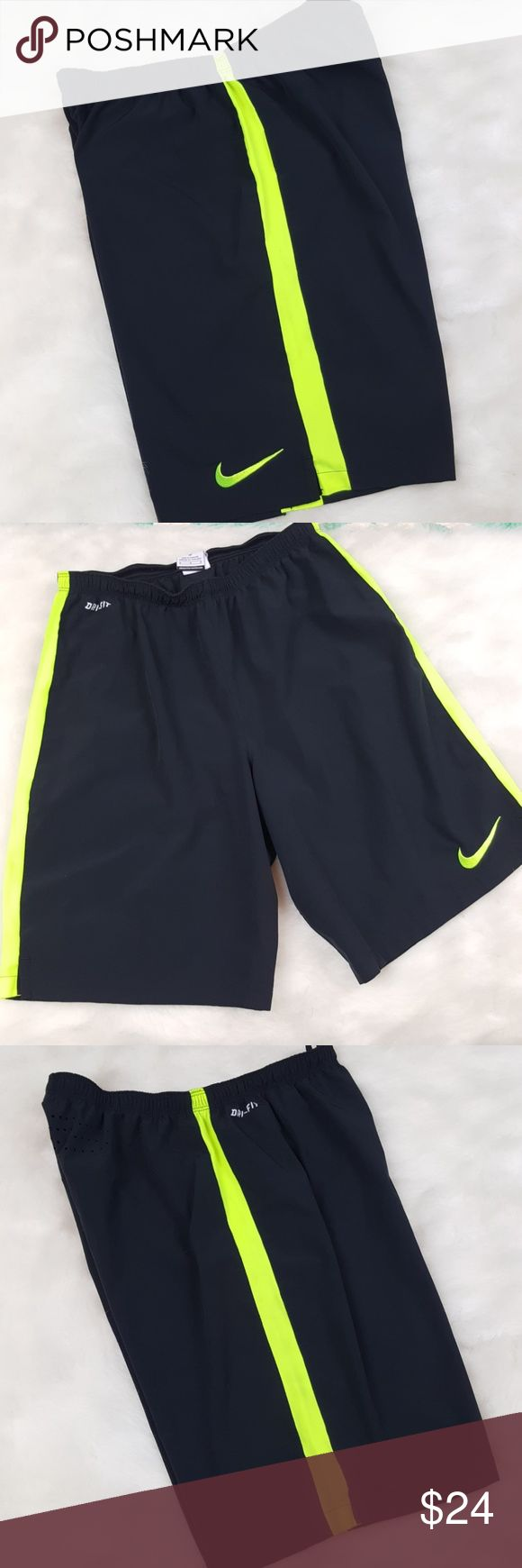 Nike soccer shorts 🦄Excellent condition Nike Shorts Athletic