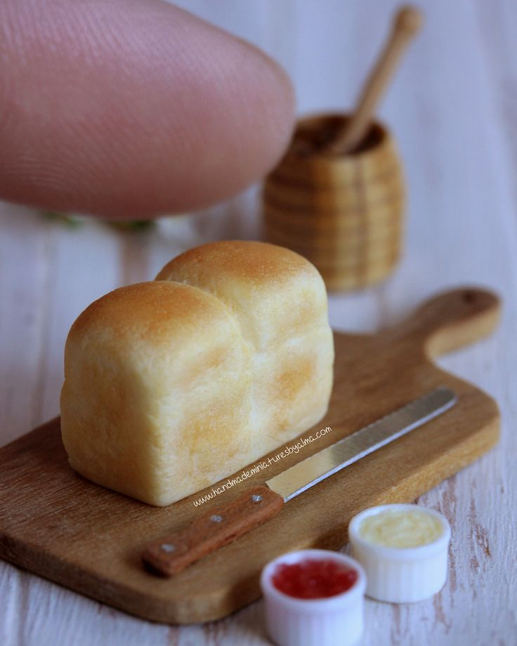 1:12 Scale Handmade Breakfast Toast Bread /& Jam On A Board Dolls House Miniature