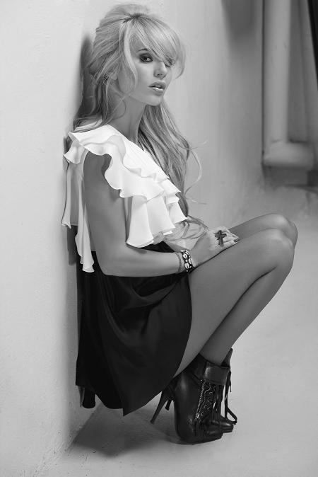 Polish singer, Dorota Rabczewska Doda gets my vote for one of the hottest girls on the planet.