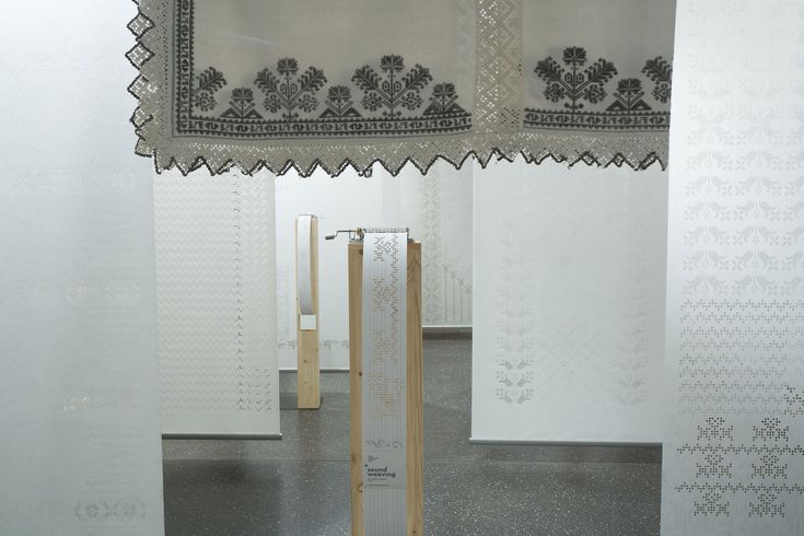 One of the Highlights of Dubai Design Week 2015 -the SOUNDWEAVING installation by textile designer Zsanett Szirmay and musical composer Bálint Tárkány-Kovács