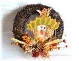 Podzimní věnec se strašákem - oranžové bobule
