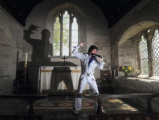 Vicar quits job to become The King impersonator - Now that is change in profession
