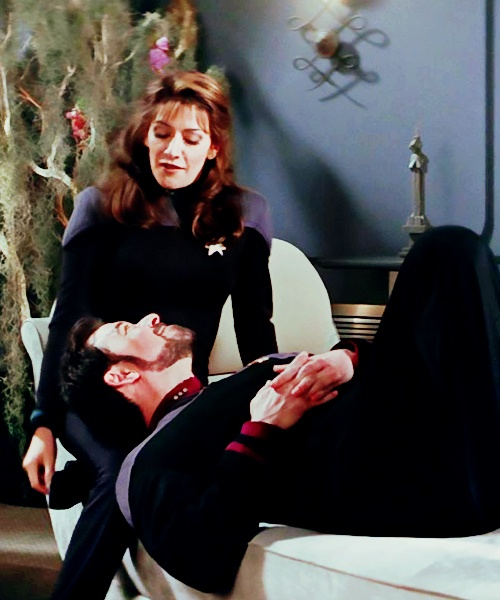 43 best images about Will Riker and Deanna Troi on Pinterest   Nativity sets, The destiny and ...
