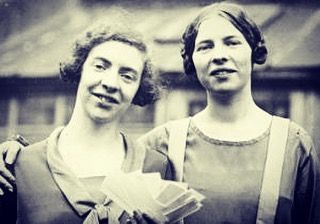 A phenomenal and courageous story to mark #HMD2017 of the Cook sisters from Sunderland The North East 'Heroic sisters Ida and Louise Cook who helped 29 Jews to escape their Nazi persecutors will be marked with the mounting of a blue plaque at their childhood home in Sunderland. Posing as eccentric opera lovers they repeatedly travelled to Germany during the late 1930s smuggling the personal possessions of those facing persecution back to Britain to sell and raise funds for the emigration…