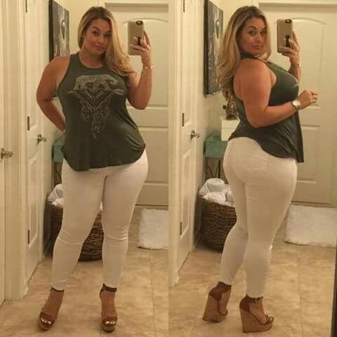 Latina booty cumshots