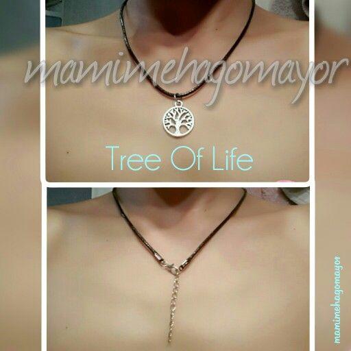 Asi queda el colgante Tree of life