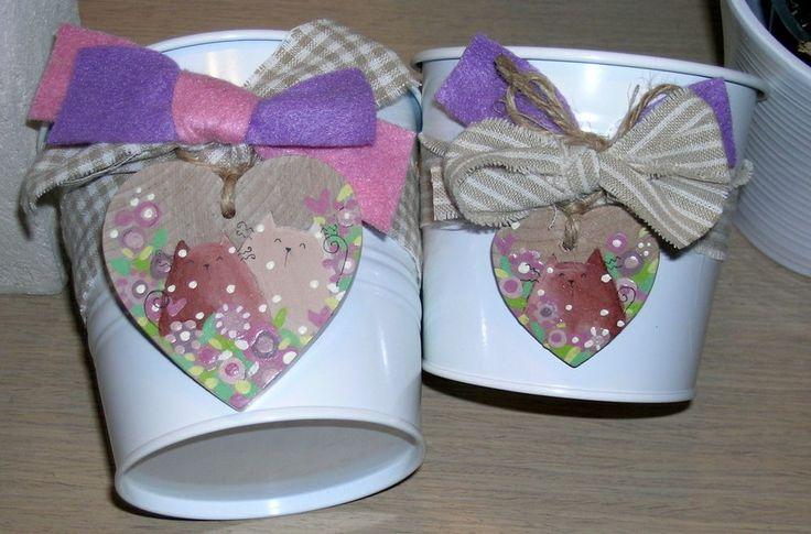 coppia portavasi vasetti fiori con cuore legno dipinto a mano gatti country