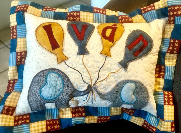 "Patchwork & Quilting by Veronica Padilla. ""Baby pillow "" . Made by Vero Padilla"