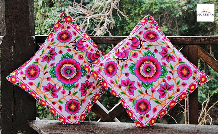 Cojines Bordados Tailandia ✤ $13.990 - Código: AC027-8 ✤ Embroidered Cushions ✤ FanPage: Morenaa ✤✤✤ Instagram: morenaa_ltda_chile #morenaa #lomejordecadalugar