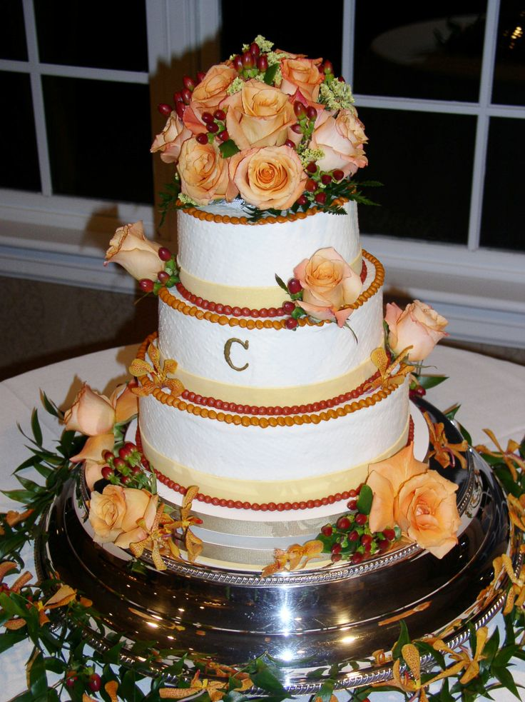 how to make frosting wedding cake 17 best images about wedding cakes autumn on 15949