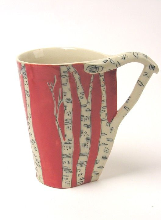 Cradle this unique leaf shaped cup in your hand and enjoy your morning cup of tea or coffee. Made of mid fire stoneware (for durability), drawn