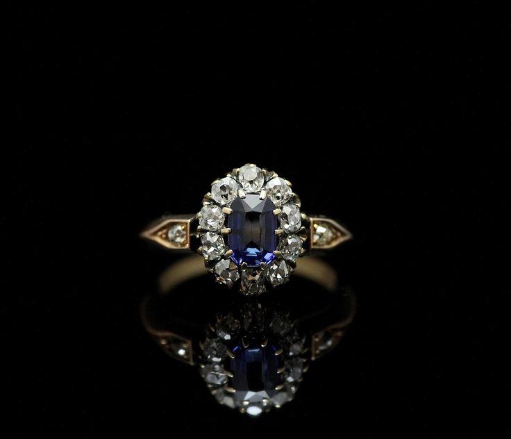 Sapphire & Diamond cluster Ring (C)Regard Co.,Ltd