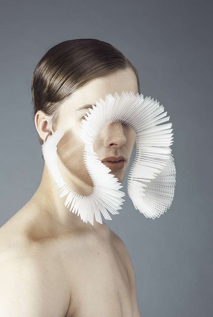 BA (Hons) Jewellery Design - Central Saint Martins - University of the Arts London - Yerin Jeon - Mouth encircler 2014