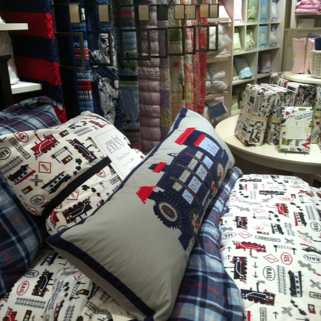 Pottery barn kids train bedding trains pinterest for Colts bedroom ideas