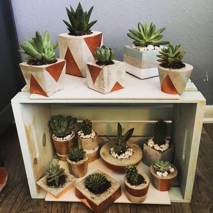 Concrete Planter pots DIY diyconcrete succulents planters