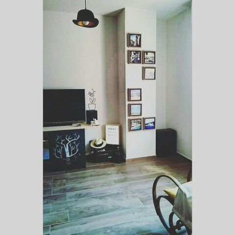 Small space, big love! ✌