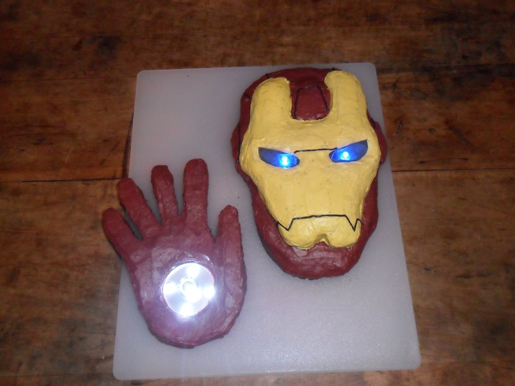 Images Of Iron Man Birthday Cakes : Iron Man birthday cake Kids parties Pinterest Man ...