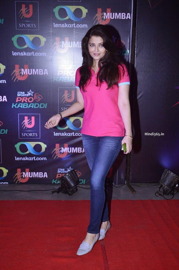 Bollywood Actress Aishwarya Rai Bachchan In Pink Top and Blue Jeans At Pro Kabaddi League Opening Match In Mumbai. #AishwaryaRai