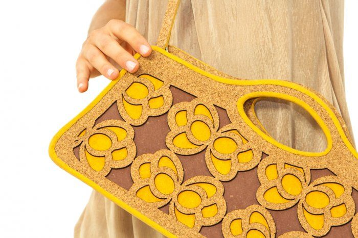 #Ecochic handbag Farfalle. The #bag is made with #recycled #cork and #paper, resistant and waterproof. #Handmade in Italy.