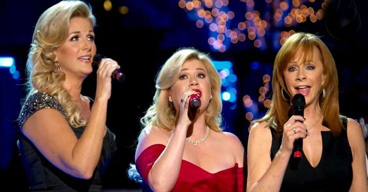 CMA Country Christmas 2013 - 'Silent Night' Beautiful Video - Kelly Clarkson, Trisha Yearwood and Reba McEntire