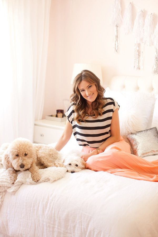 Glitter Guide/Style at Home/The Life Styled/Sarah Yates- click to see her beautiful home