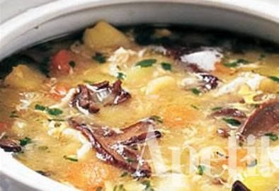 Nejlepší bramboračka (potatoe soup) use Google Chrome to open and translate