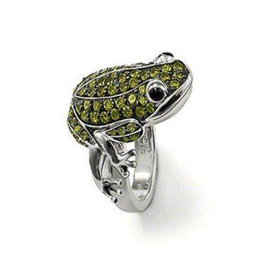 Green swarovski Crystal Frog Sterling Silver Ring http://nyfashionstar.com/accessories/jewelry/sterling-silver-specials/green-swarovski-crystal-frog-sterling-silver-ring.html
